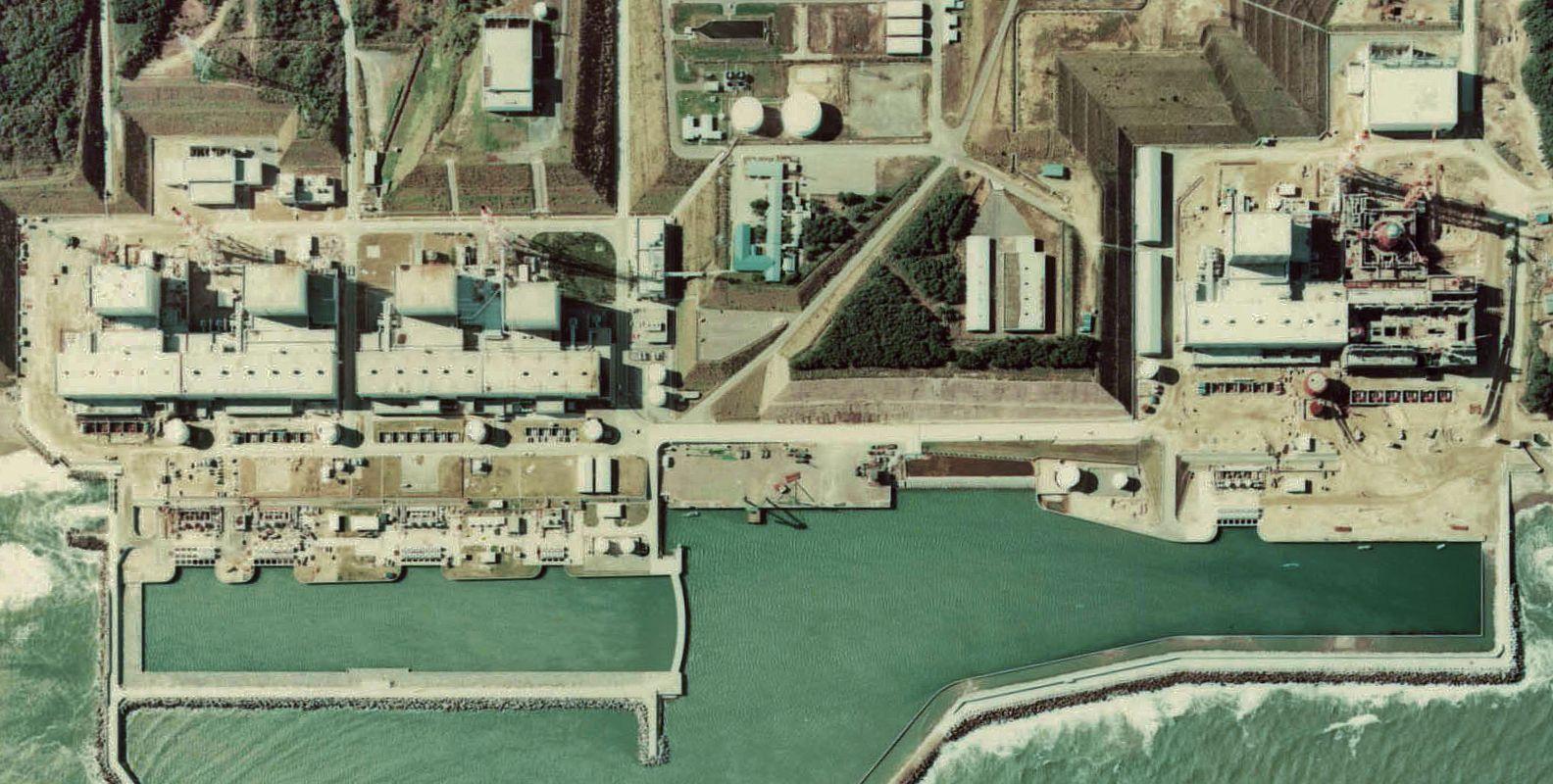 Vista aérea da central nuclear de Fukushima (foto: Ministério da Administração Interna e Transportes do Japão / wikimedia)