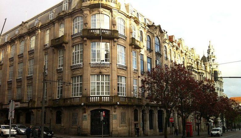 Edifício do Montepio Geral no Porto