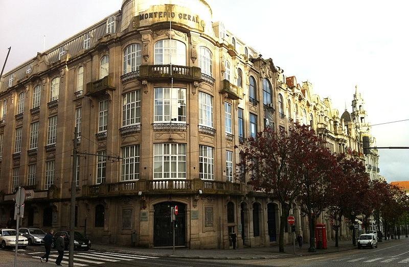 Edifício do Montepio Geral no Porto (foto: Jeremy Keith / Wikimedia)