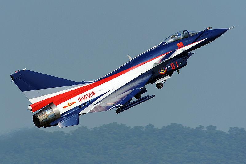 Caça J-10 da Força Aérea Chinesa (foto: Peng Chen / wikimedia)