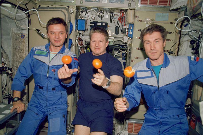 Membros da primeira expedição da Estação Espacial Internacional (foto: NASA)