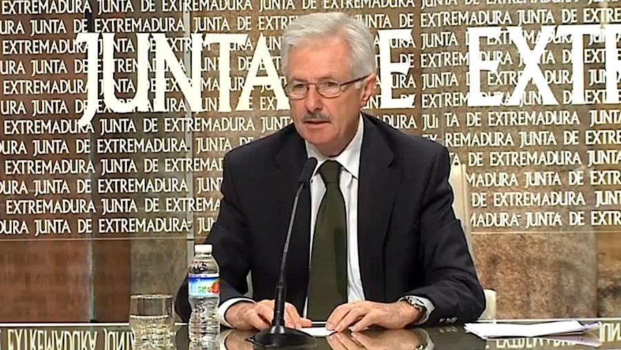 César Díez Solís, responsável da Educação na região espanhola da Extremadura (foto: K30Television / YouTube/)