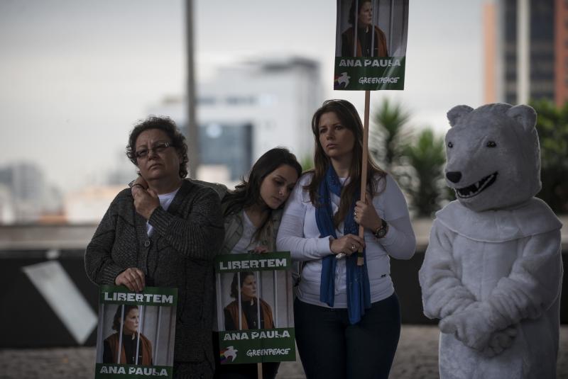 Acção da Greenpeace Brasil pela libertação dos 30 do Ártico