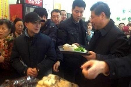 O presidente da China, Xi Jinping, no restaurante Qingfeng