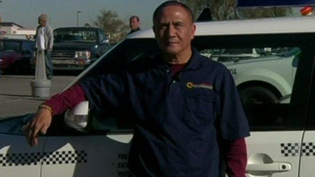 Gerardo Gamboa encontrou 220.000 euros no seu táxi e devolveu-os ao dono