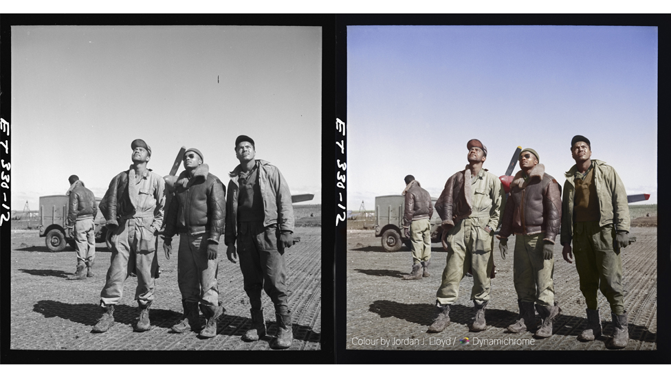 Look to the skies (foto a preto e branco de 1945 por Toni Frissel, cortesia da Biblioteca do Congresso dos EUA / foto colorida por Jordan J. Lloyd / Dynamichrome).