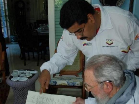 Nicolás Maduro e Fidel Castro encontram-se em Cuba