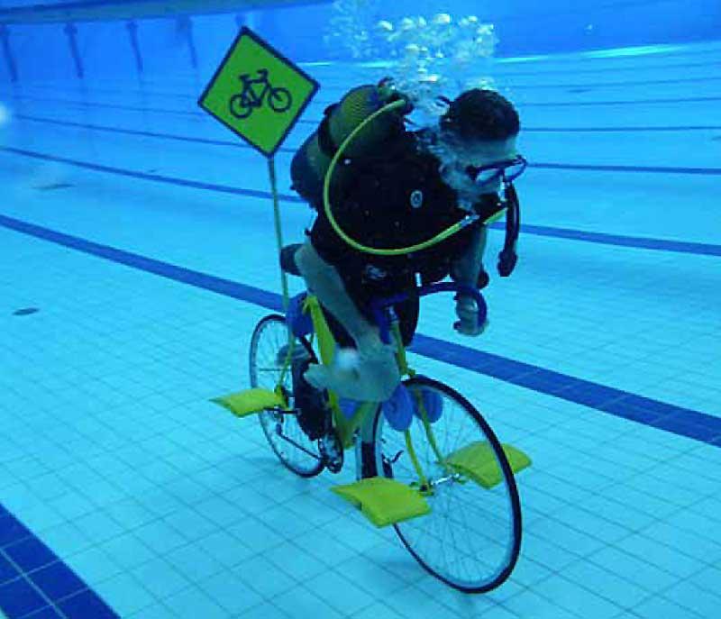 Em 2011 Ahsrita Furman estabeleceu em Coimbra um novo máximo mundial, ao percorrer mais de 3.000 metros debaixo de água em bicicleta.