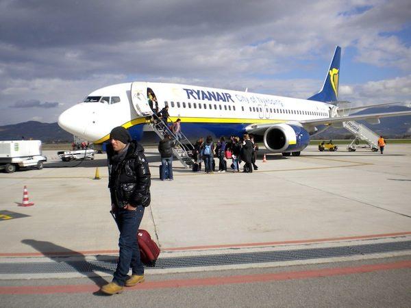 Ryanair cancela três voos devido à greve