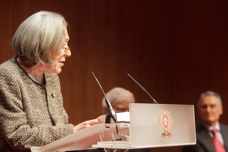 Escritora Maria Velho da Costa recebe o Prémio Vida Literária, da Associação Portuguesa de Escritores (foto: presidencia.pt)