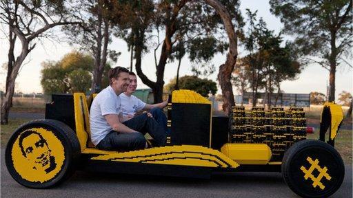 Micro Super Awesome, o carro construído em Lego por Steve Sammartino