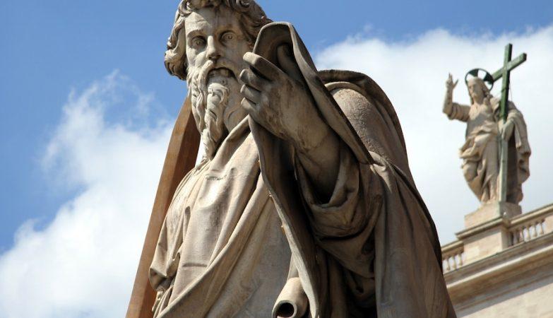 Estátua de São Paulo no Vaticano