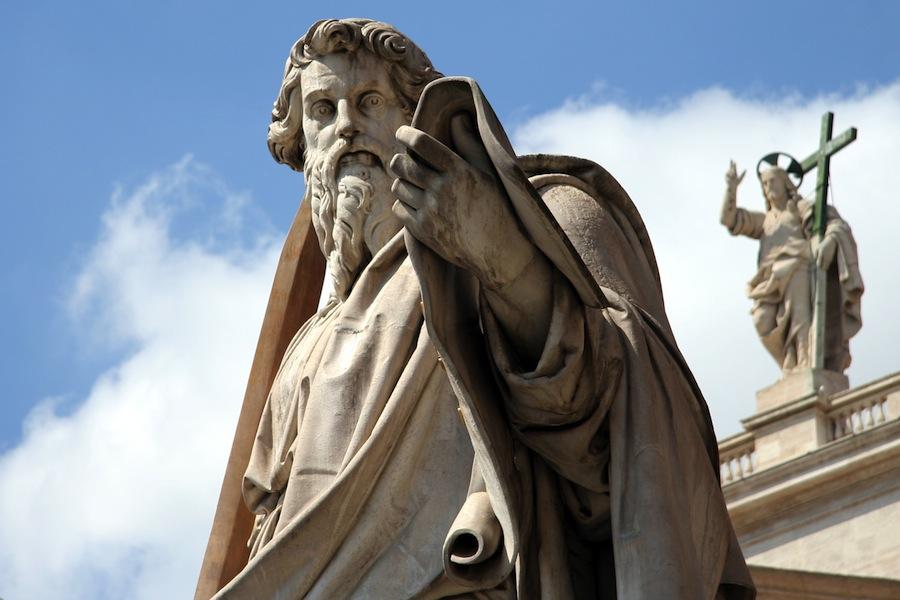 Estátua de São Paulo no Vaticano (foto: AngMoKio / wikimedia)