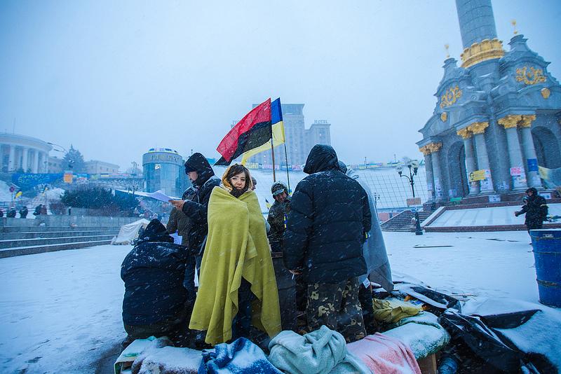 O movimento a favor da adesão da Ucrânia à União Europeia começou a protestar há cerca de dois meses na Praça da Independência, em Kiev, contra a recusa do Governo em firmar um acordo.