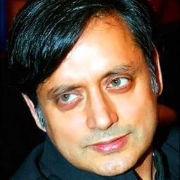 O ministro dos Recursos Humanos da Índia, Shashi Tharoor.