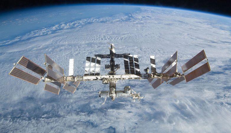 A ISS, Estação Espacial Internacional em órbita