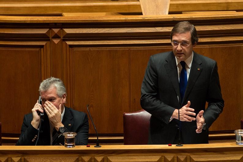 Luís Marques Guedes e Pedro Passos Coelho na Assembleia da República