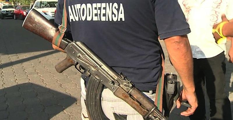 Os milicianos dizem que se cansaram de pagar 'taxas' a cartéis de drogas