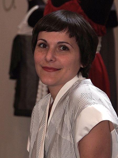 A estilista portuguesa Katty Xiomara numa feira na Exponor, no Porto