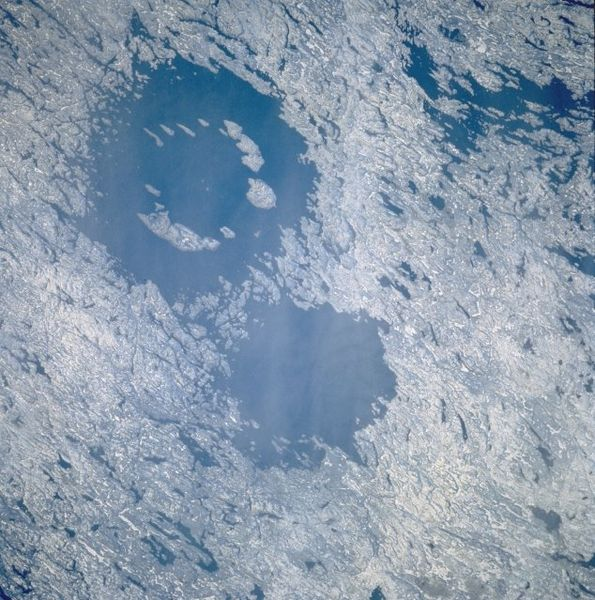As crateras Clearwater no Canadá também devem ter sido formadas por um impacto duplo