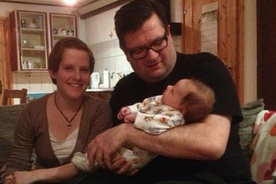 Ed Houben em visita a uma das suas filhas
