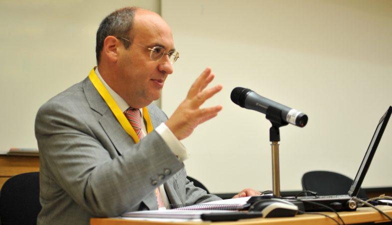 O antigo comissário europeu e ex-dirigente socialista António Vitorino