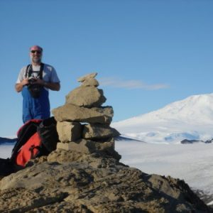 O professor Peter Convey, ecologista polar, investigador da BAS.