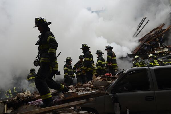 """""""@FDNY response time to #EastHarlemExplosion was 2 minutes. Heroic work by 250+ firefighters on scene."""""""