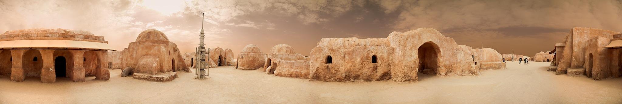 Panorama de Mos Espa, a terra do menino Anakin Skywalker