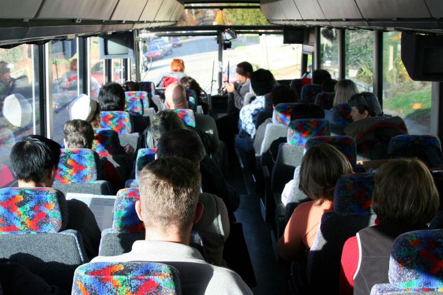 Resultado de imagem para GNR vai usar raio-x para detetar droga em autocarros das viagens de finalistas