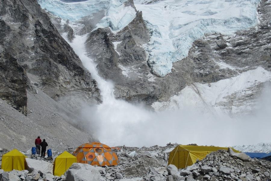 Avalanche no Everest