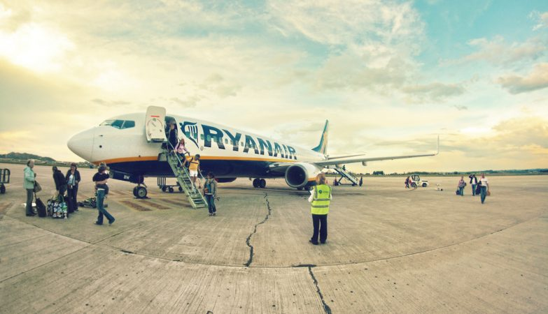 Ryanair vai cancelar até 50 voos por dia nas próximas seis semanas