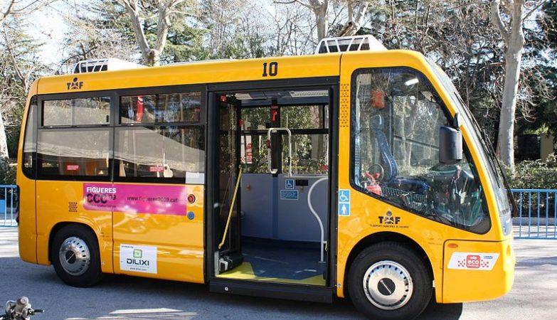 Um minibus eléctrico ZEUS