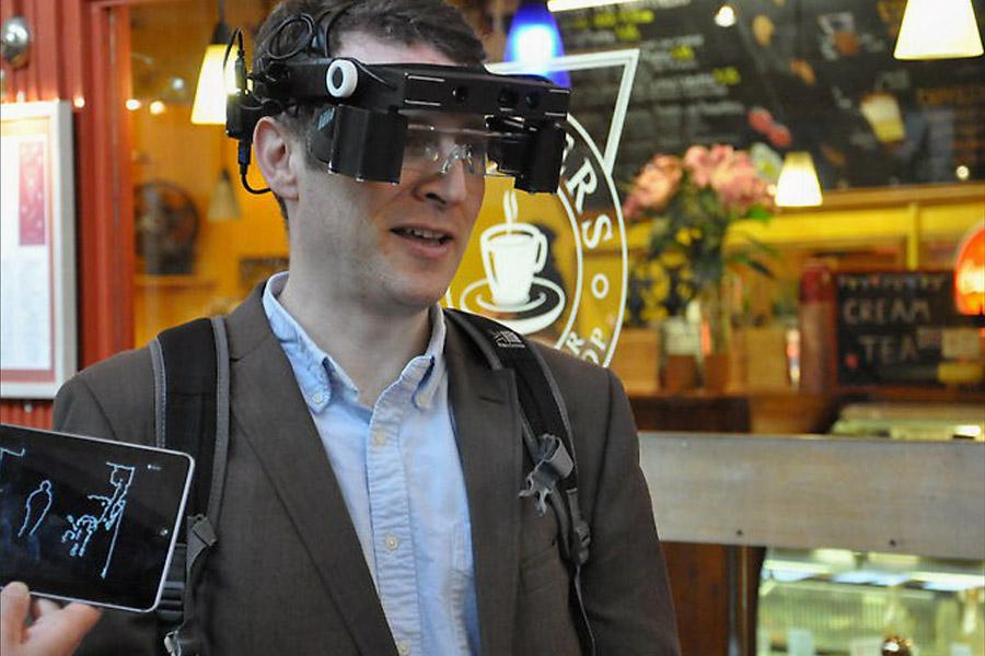 Um dos protótipos dos óculos inteligentes