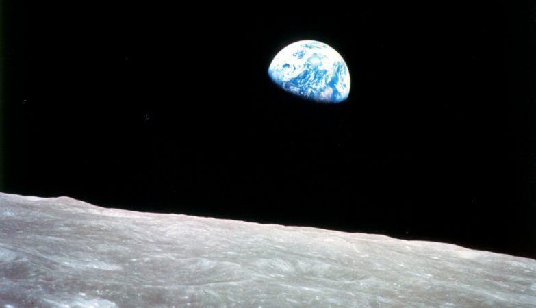 A Terra vista da Lua por Bill Anders, astronauta da missão Apollo 8