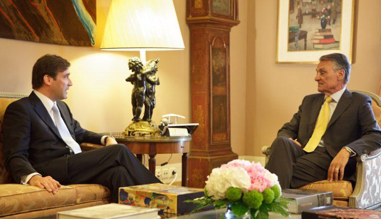O primeiro-ministro, Pedro Passos Coelho, com o Presidente da República, Aníbal Cavaco Silva