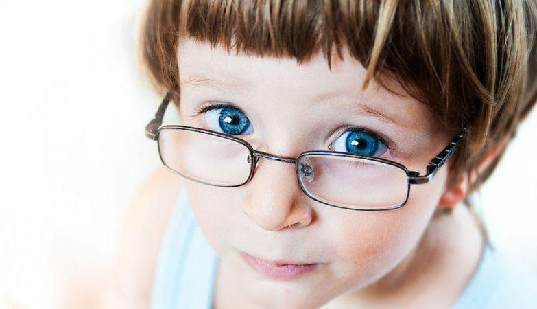 01681c889 Usar óculos pode piorar a visão? - ZAP