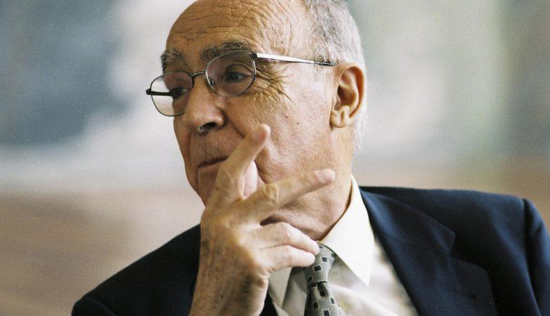 O prémio Nobel da Literatura, José Saramago
