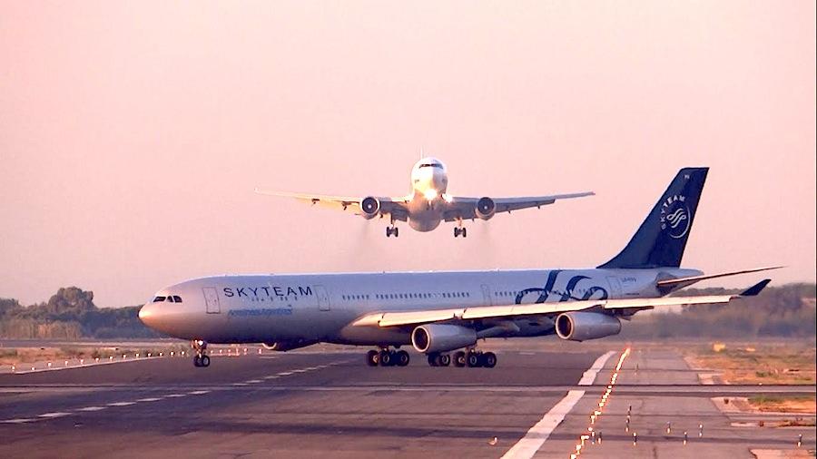 Um Boeing 767 da companhia russa UTAir e um Airbus A340 das Aerolineas Argentinas estiveram a poucos segundos de colidir