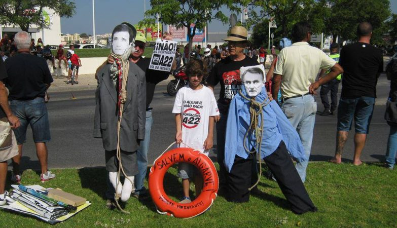 Protesto da Comissão de Utentes da Via do Infante