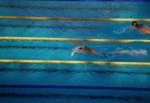 Michael Phelps, o nadador com mais medalhas de sempre nos Jogos Olímpicos, está de regresso