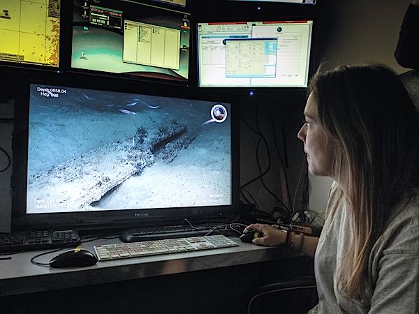 Imagem captada pela câmara do ROV Luso, um veículo subaquático controlado remotamente, utilizado pela primeira vez na arqueologia portuguesa.