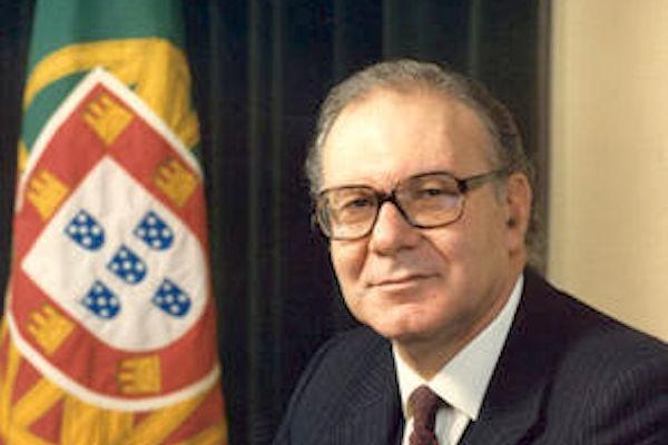 Ex-ministro da Educação e ex-Presidente da Assembleia da República, Vítor Crespo