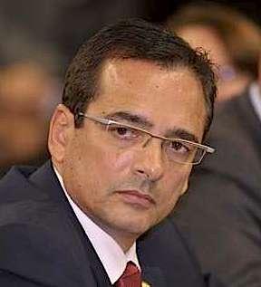 O deputado brasileiro Protógenes Queiroz afirma ter provas de que morte de Eduardo Campo foi atentado