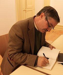 Amadeu Ferreira, o principal estudioso da língua mirandesa, é o avô de Lhuzie