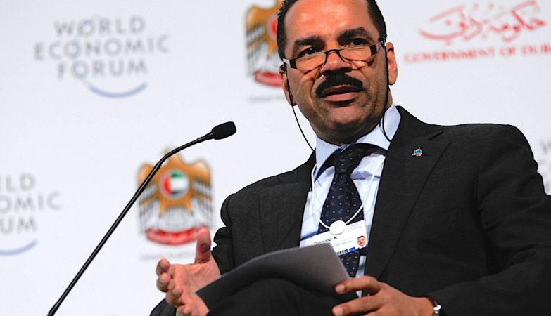 O secretário-geral da Interpol, Ronald K. Noble