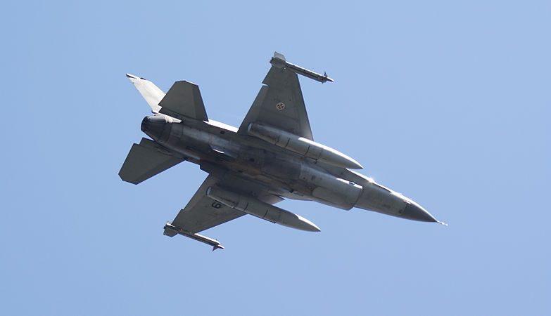 Caça Lockheed Martin F-16 da Força aérea Portuguesa