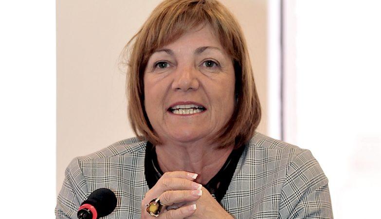 Sheila Copps, ex-vice-primeira-ministra do Canadá