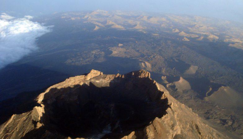 Vista aérea do vulcão da Ilha do Fogo, em Cabo Verde