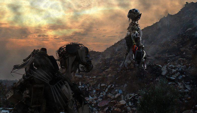 Um monte de lixo electrónico com dois Weee Man, por monkeywing
